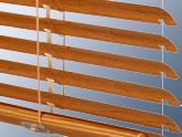 Doplňky dřevohliníkových balkonových dveří
